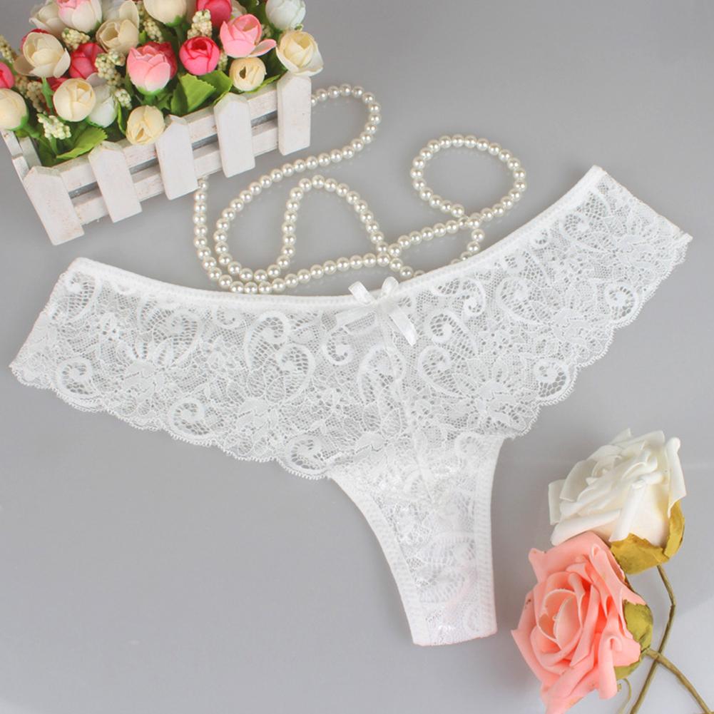 le-string-atout-sexy-invisible-de-votre-garde-robe